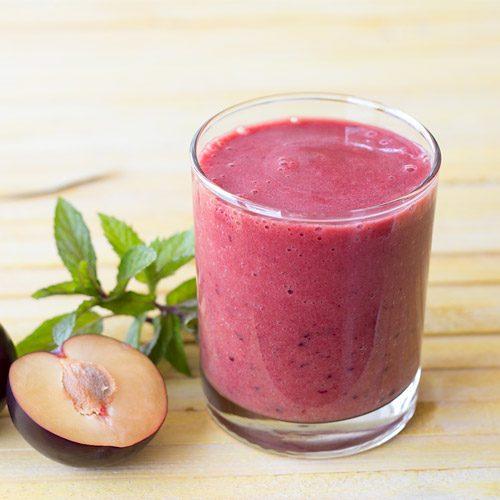 Top 5 Vegan Shakeology Recipes Under 250 Calories!